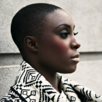 Top 10 des photos les plus sexy de Laura Mvula