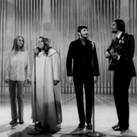 The_Mamas_and_the_Papas_Ed_Sullivan_Show_1968